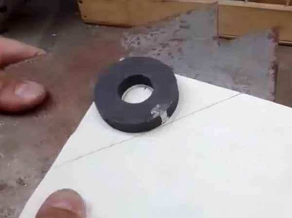 Как сделать магнитный угольник для сварки своими руками