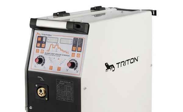 Triton ALUMIG 250Р Dруlsе Synergic 380v