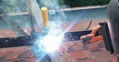 Новичку нужно знать из-за чего прилипает электрод к металлу
